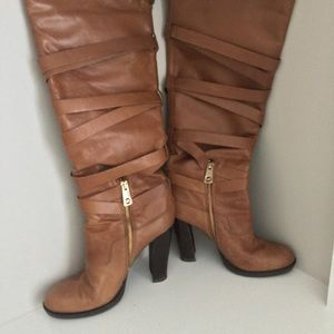 🔥Authentic Michael Kors leather boots 7.5🔥